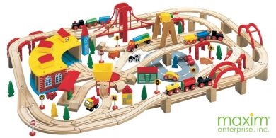 Brio   Thomas and Friends   145 Piece Wooden Train Set by Maxim ...