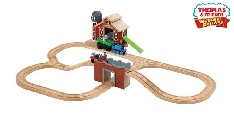 Thomas And Friends Pig Farmhouse Train Set Wooden Train Sets