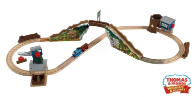 Tidmouth Timber Company Deluxe Figure 8 Wooden Train Set